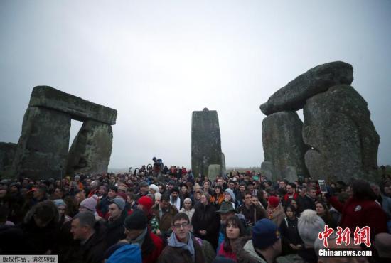 几块石头让人困惑几千年 英国巨石阵来源又有新说法